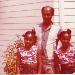 Popoo and his girls! 1979